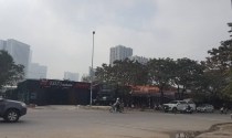 Ngang nhiên xây dựng nhà xưởng, bãi xe không phép trên đất dự án ở phường Dịch Vọng