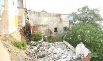 Hòa Bình: Dân di dời sạt lở bờ sông Đà khổ tứ bề sau tái định cư