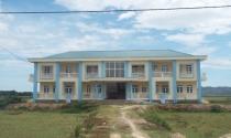 Hương Sơn (Hà Tĩnh): Đầu tư tiền tỷ xây dựng Trường học nhưng chưa biết khi nào mới đưa vào sử dụng