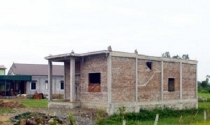 Nghệ An: Ngang nhiên xây nhà trái phép trên đất nông nghiệp