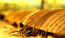 Điểm tin sáng: Vàng giảm giá, USD ổn định