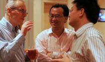 Việt Nam & Trung Quốc trong cuộc đua thông tin chủ quyền