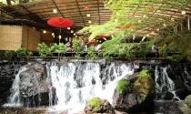Nhà hàng trên thác nước ở Kyoto