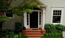 Phong thủy nhà ở: Có nên xây tam cấp ba bậc trước nhà?