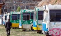 'Khách sạn tình yêu' trên những chiếc xe buýt cũ kỹ