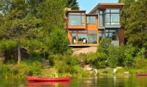 Cận cảnh ngôi nhà thư thái bên sông tại Mỹ