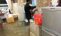Cách khắc phục tường ngấm, sàn rộp sau mưa ngập