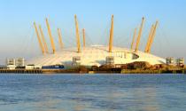 Nhà cầu treo Millennium Dome ở Anh