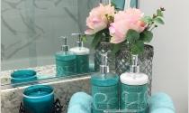 Trang trí phòng tắm với màu xanh dịu nhẹ