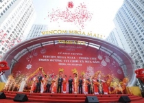 Khai trương TTTM Vincom Mega Mall Times City