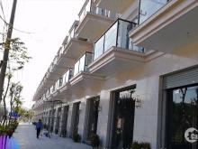 Bán Shophouse Lakeside , Cần Bán Căn Nhà 3 Tầng DT Đất 125m2 với giá 6,3 tỷ đường 25M LH: 0888964264