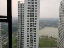 Chính chủ bán cắt lỗ căn góc 3pn view hồ,quảng trường, full nội thất, tầng đẹp,