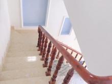 Nhà mt Quách Điêu, đúc 1 trệt 1 lầu, dt 4,5x8m2, sổ hồng