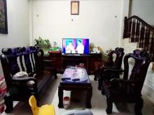 Gia đình cần bán nhà phố Ngọc Thụy 60m2, 4 tầng, mặt tiền 8m, giá quá hợp lý 2.3
