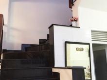 Bán nhà 3 tầng, 4 phòng ngủ, hẻm Lạc long Quân phường 11 quận Tân Bình