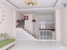 Bán gấp nhà đẹp 1,6 tỷ Phạm Văn Bạch, Phường 15, Tân Bình