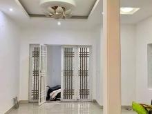 Bán nhà 2.45 tỷ, 35m2 lô góc, ngõ ô tô phố Hoàng Văn Thái. 0913459393.