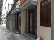 Bán nhà mới đẹp Dt 34m* 5 tầng, gần phố, Gía 3 tỉ, Thanh xuân.