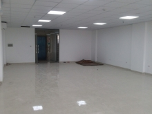 Cần cho thuê gấp văn phòng giá rẻ mới xây mặt phố Trường chinh 150m giá 25tr