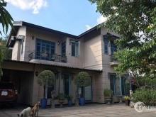 Chuyển công tác bán nhanh biệt thự vườn đường Tân Túc, Bình Chánh, 480m2, 2 tỷ. LH 0925909827