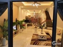 Cần bán gấp nhà đường Bá giáng 2 ,Nhà đường 5,5m, Bá Giáng 2, thiết kế hiện đại, nội thất VIP, bếp sài toàn hàng hafele, sofa hàng nhập, bán để lại toàn bộ nội