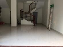 Cho thuê tầng 1 và tầng 2 nhà mặt phố Phan Kế Bính, Q.Ba Đình, giá tốt