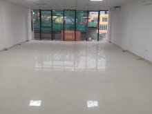 Cho thuê văn phòng DT 125m2 đường Trần Thái Tông, MT: 7.2m. LH 0365057900
