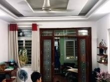 Nhích 2 tỷ có nhà tại quận Thanh Xuân, DT 25m2, 5 tầng.