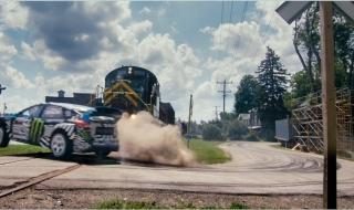 Ken Block phá chiếc Ford Focus RS trong Gymkhana 9 như thế nào?