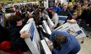 Black Friday, mua sắm trực tuyến tăng vọt 14%
