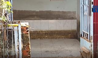 Cảnh nhếch nhác, xập xệ tại những căn nhà sót lại ở Thủ Thiêm