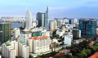 Ngân hàng siết tín dụng -  doanh nghiệp địa ốc sẽ ứng phó ra sao?