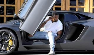Kanye West - rapper kiếm nhiều tiền nhất năm 2019 - giàu cỡ nào?