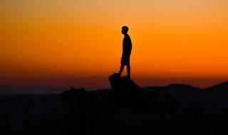 Vì sao nhận thức rõ những khuyết điểm của bản thân là bí quyết để thành công?