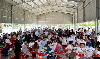 Trao sổ hồng cho cư dân Cát Tường Phú Thạnh