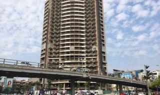 """Những tòa nhà """"ma"""" cao chọc trời bỏ hoang nhiều năm giữa Hà Nội"""