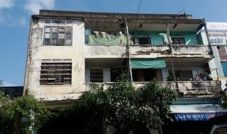 Nhiều khu chung cư, nhà tập thể xuống cấp, gây nguy hiểm cho người dân
