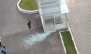 Vẫn còn nhiều nguy hiểm rình rập người dân  tại SaiGonRes Plaza