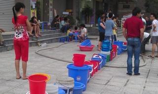 Bất động sản 24h: Dân chung cư Hà Nội khốn khổ vì thiếu nước sạch