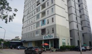 """Hộ chung cư """"hai không"""" kêu trời vì nhà xuống cấp ở Nghệ An: Chủ đầu tư thất hứa"""