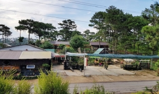 Làm nhà, dựng quán trong VQG Bidoup - Núi Bà