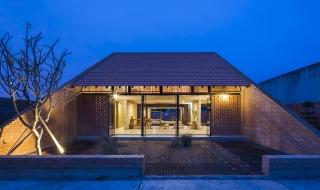 Ngôi nhà độc đáo ở Long An nổi bật trên báo ngoại