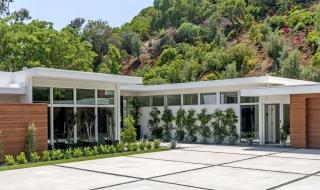 Biệt thự sang trọng 11,6 triệu USD mới mua của siêu mẫu Cindy Crawford
