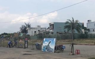 Chủ đầu tư tháo dỡ hàng rào xuống biển Nam Ô