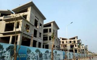 26 biệt thự giữa Thủ đô xây xong mới xin phép: 'Chạy theo' công trình vi phạm?