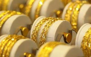 Điểm tin sáng: Vàng tăng vọt, USD giảm giá chờ quyết định của FED