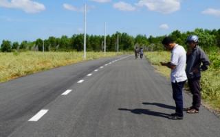 Phan Thiết (Bình Thuận): Làm đường nhựa trên đất nông nghiệp để bán nền