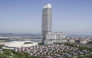 Ngắm tòa tháp L cong lượn Sanya ở Trung Quốc