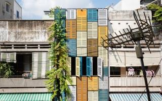 Nhà có nhiều cánh cửa đa sắc màu duy nhất tại Sài Gòn