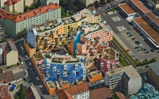 Mê mẩn kiến trúc nhà có nhiều vòi